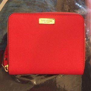 Kate Spade Zip Around Small Wallet